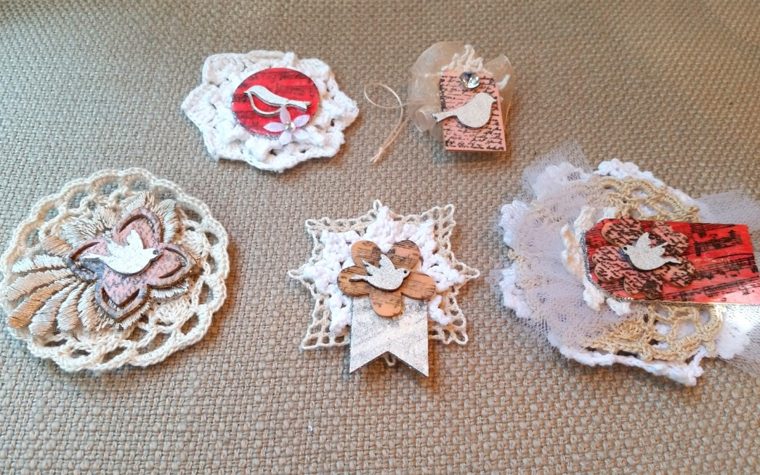 DIY Shabby Chic Wood and Doily Embellishments